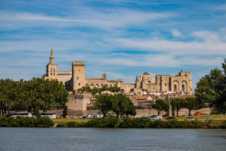 vue de la ville d'Avignon